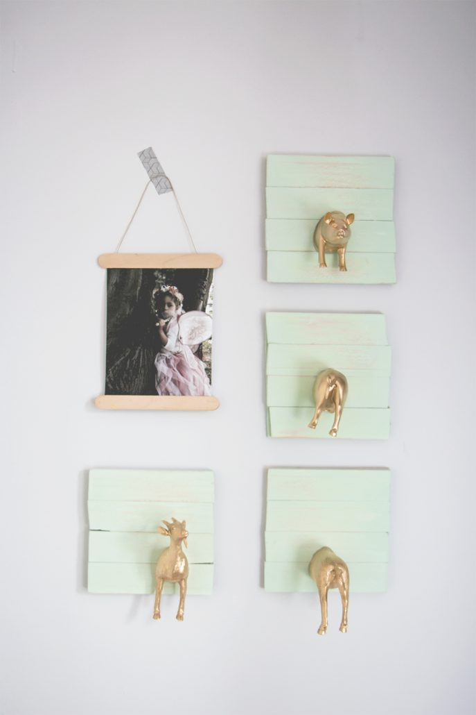 diy-percheros-con-chalk-paint-spray