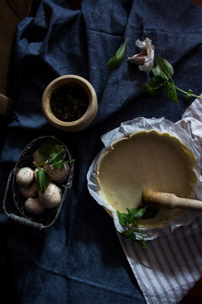 Torta de champiñones y queso azul