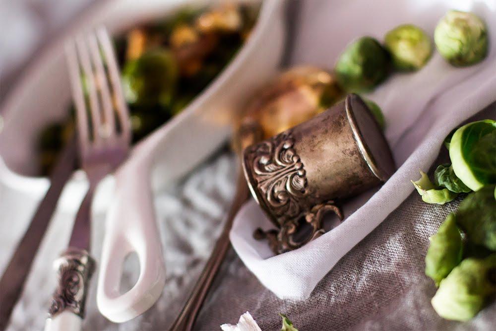 Receta de temporada, coles de Bruselas con setas
