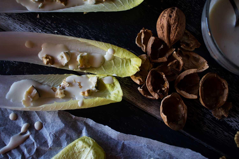 endivias-con-salsa-de-queso