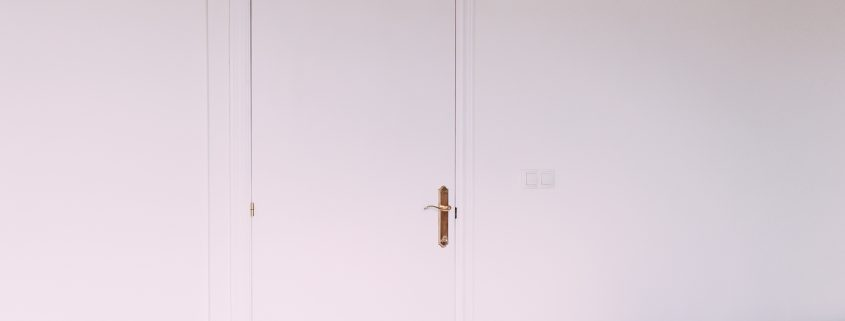 pintar-las-puertas-de-casa